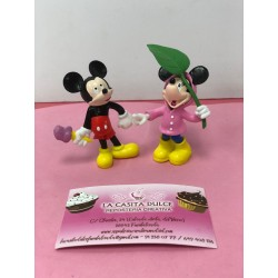 SET 2 FIGURAS MICKEY Y MINNIE LLUVIA